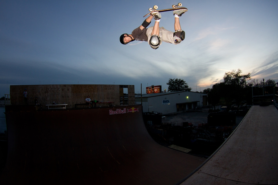Chris Guilfoose, Method Air. Photo © No Comply Skateboard Mag 2012