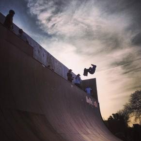 Evening vert sesh at SPoT. Photo @derek_antiair