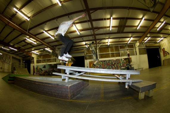 Hefty Gap to Lipslide.