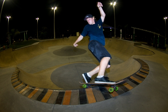 Drew Hoffman, Frontside Hurricane, Lakeland, FL. Photo © No Comply Skateboard Mag